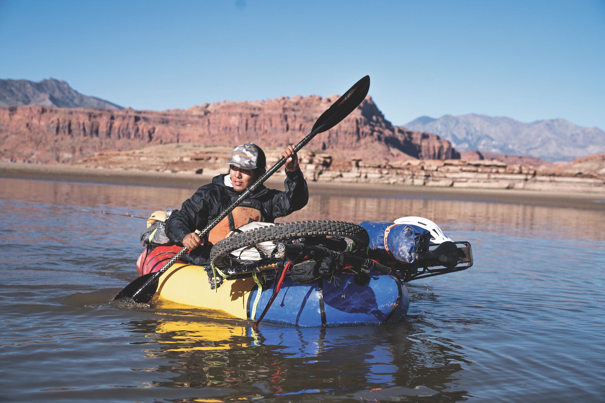 Jaron Segay bikerafting Lake Powell. Learn to bikeraft in the Glen Canyon National Recreation Area.